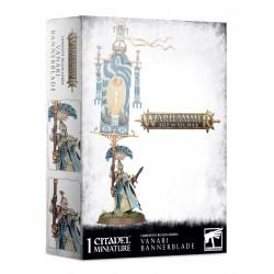 Lumineth Realm-lords: Vanari Bannerblade (1)