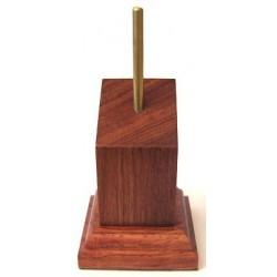 Pedestal Inclinado Cuadrado de 70mm de Alto y Base de 4cm x 4cm